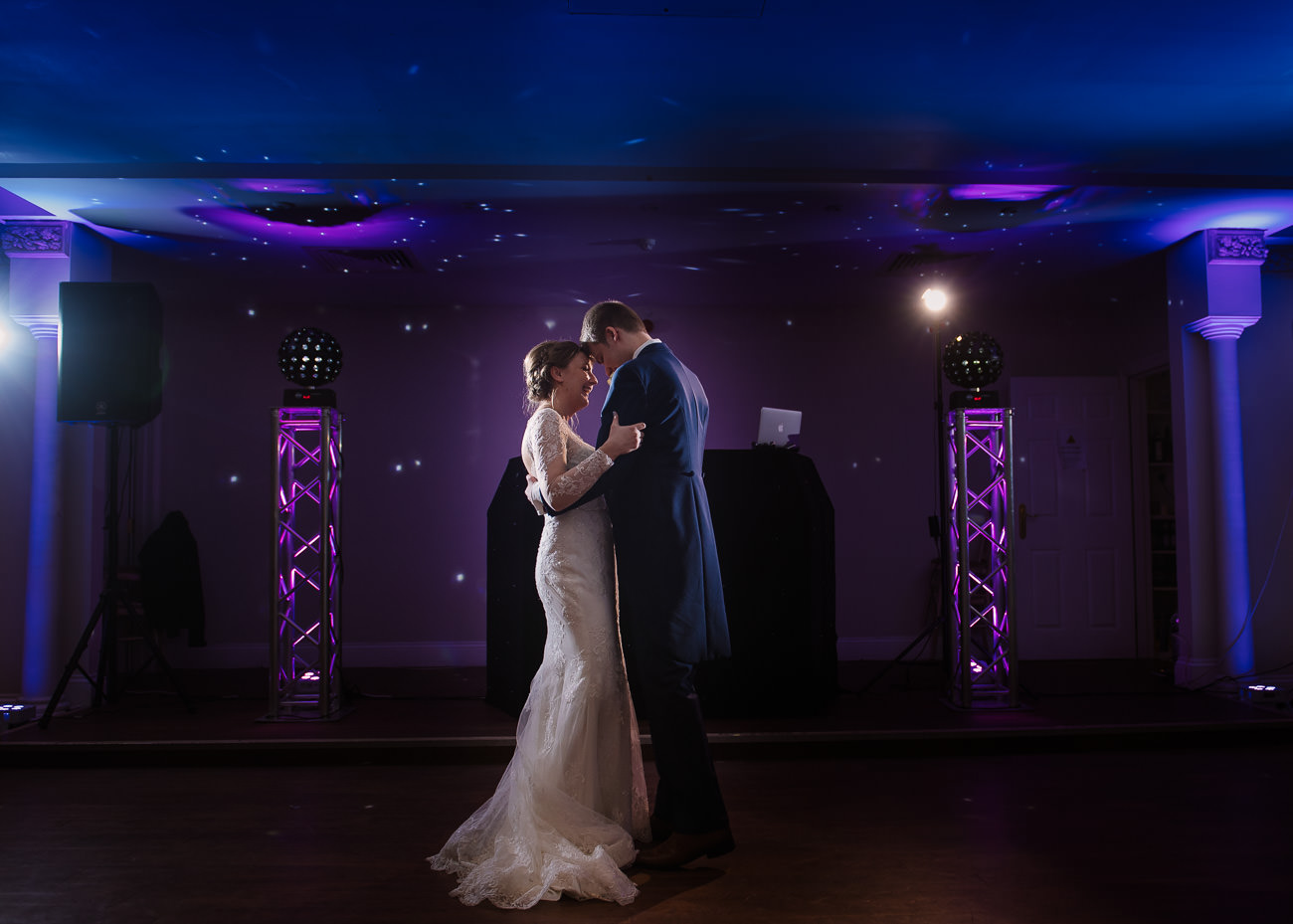 First dance wedding photography at Froyle Park