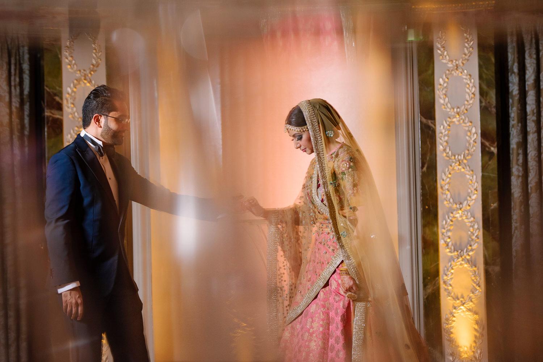 Asian-Wedding-Photographer-London-Hotel-ma-so-234