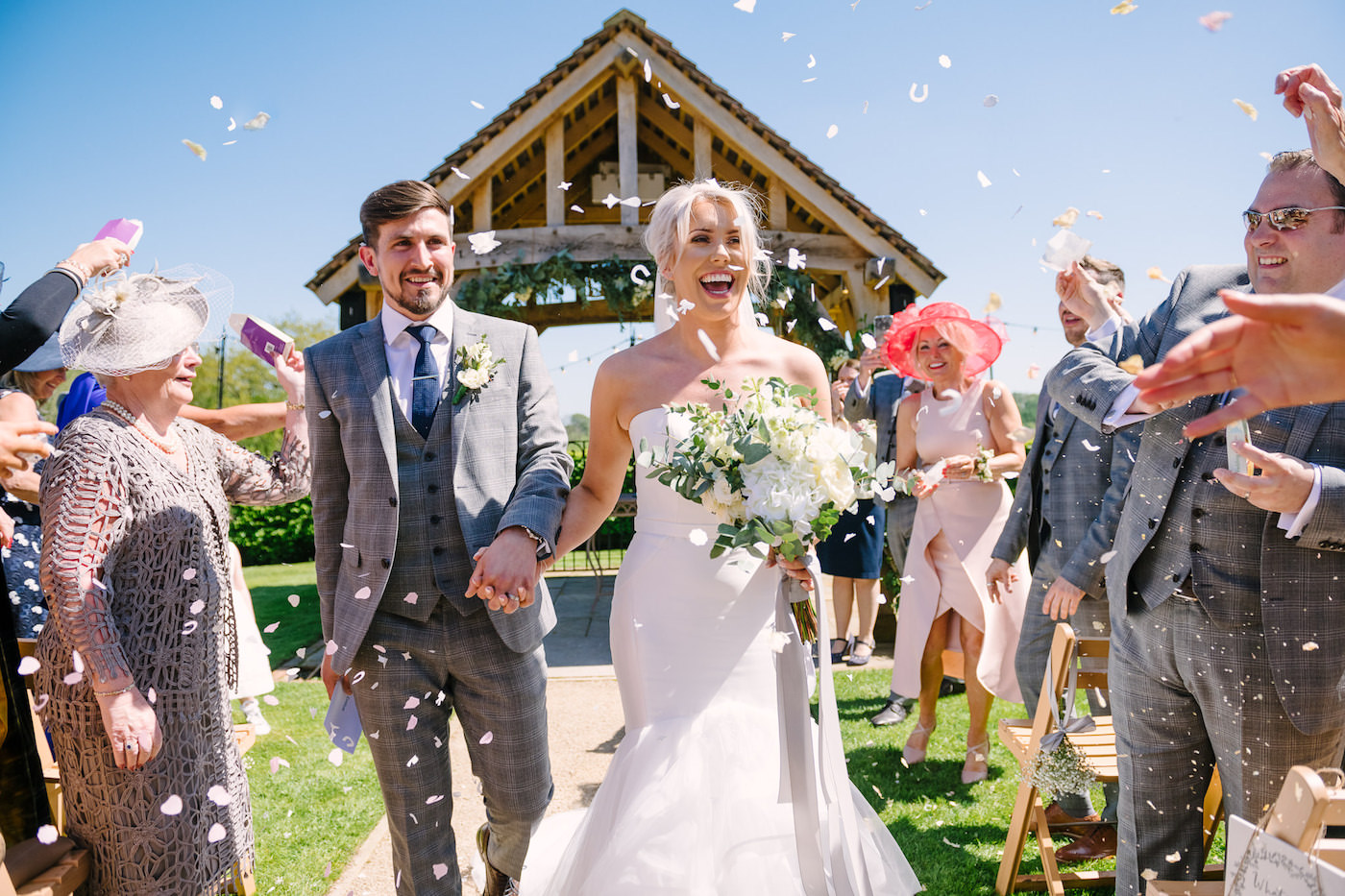 Confetti throw photography at Russets Country House