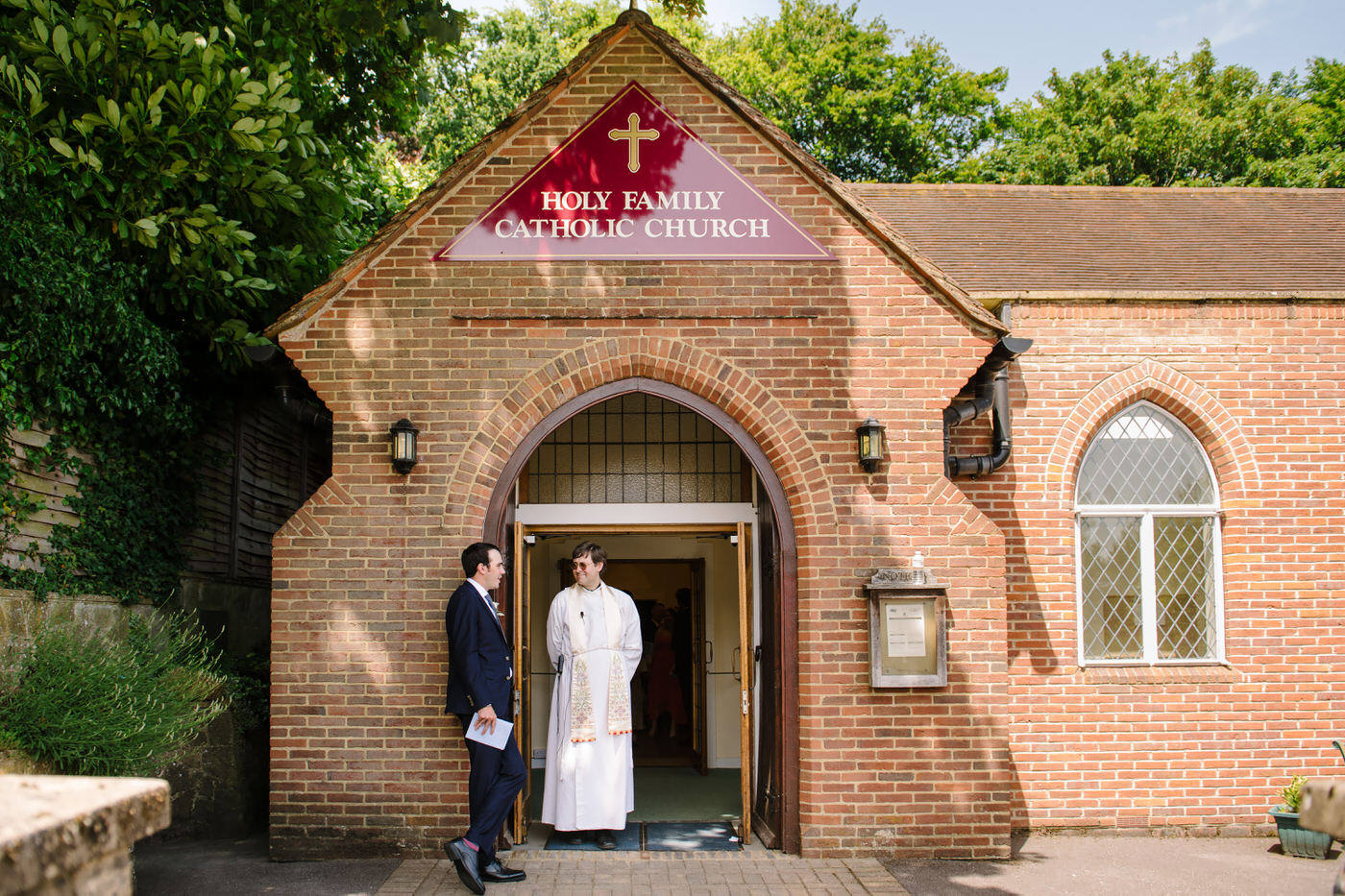 Wedding photographer Farnham