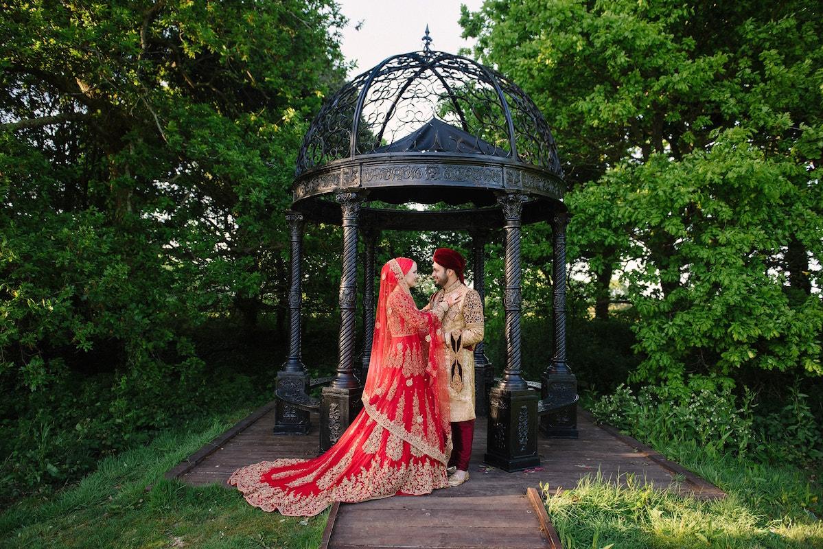 Asian wedding photography at Tournerbury Woods