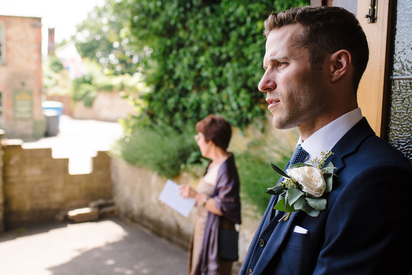 Wedding photographer Farnham