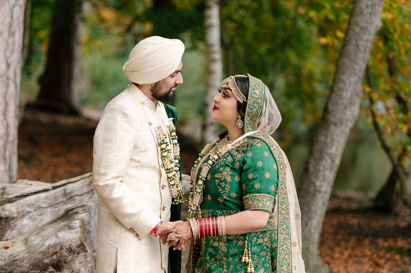 Sikh-Asian-Wedding-couple